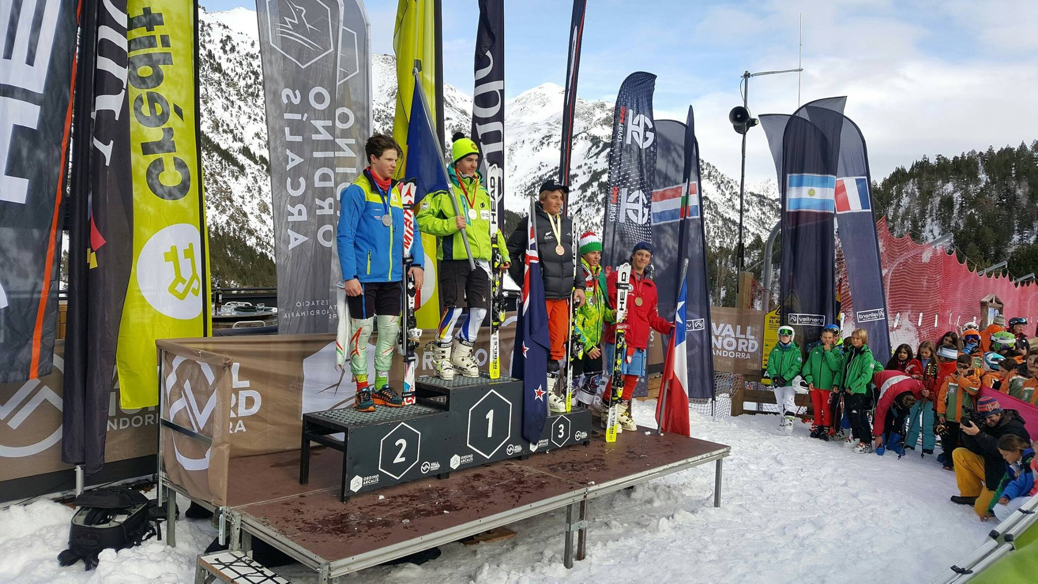 Will Cashmore Skiing Podium